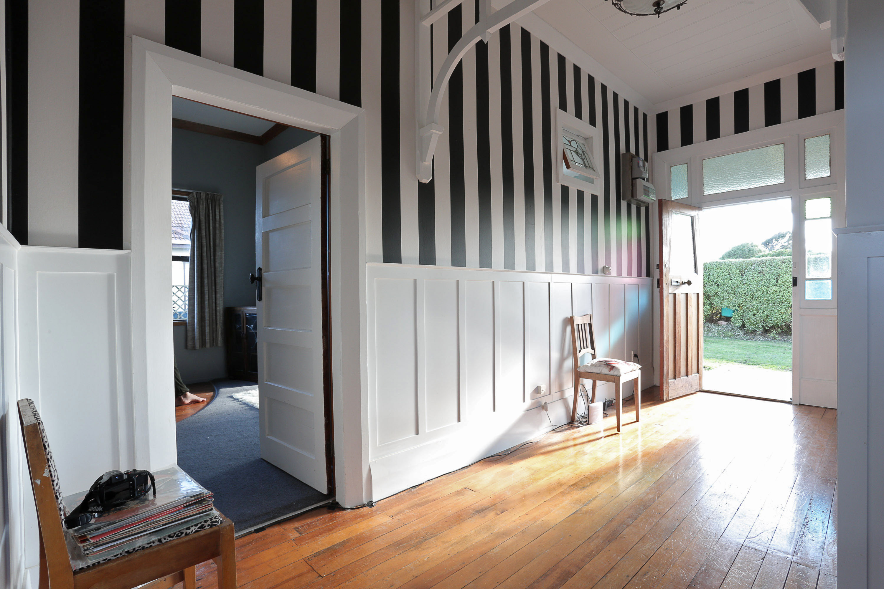 White Wall Paneling – Zeitgeist Joinery