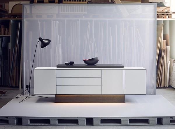 <span>Side-board Furniture</span><i>→</i>